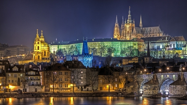 prague_buildings_river_panorama_party_28642_1920x1080